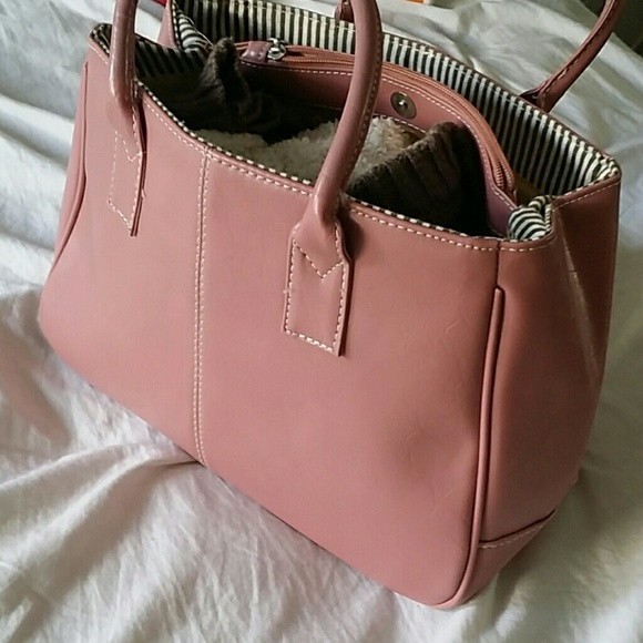 no brand Bags   Blush Handbag   Poshmark a85b750368
